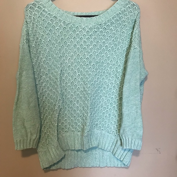 American Eagle Outfitters Sweaters - Amercian eagle knit sweater!